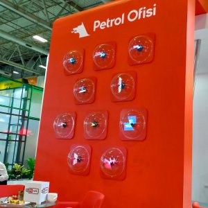 Petrol Ofisi Immersive Cube Experience